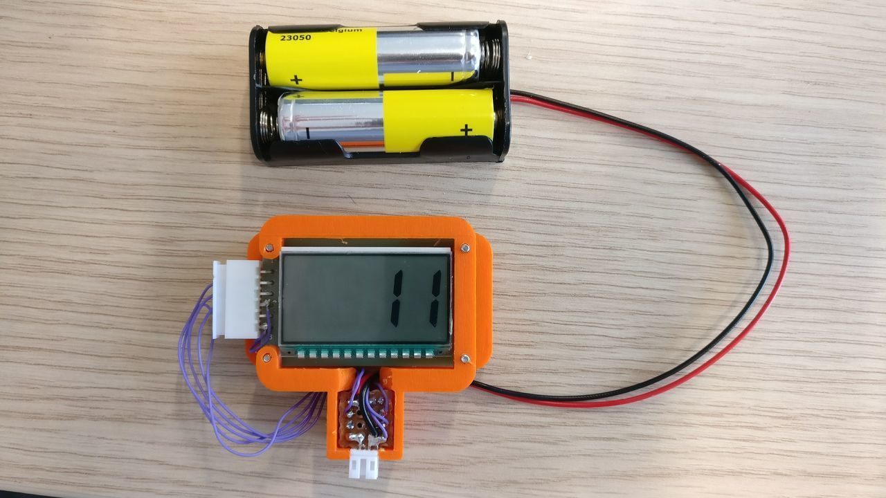 Day counter on LCD display